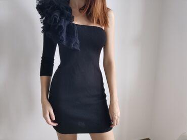 Din haljina - Srbija: Sisley haljina nova, broj M, vuna. 1000 Din