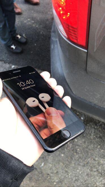 чехол iphone se в Азербайджан: Б/У iPhone SE 2020 128 ГБ Черный