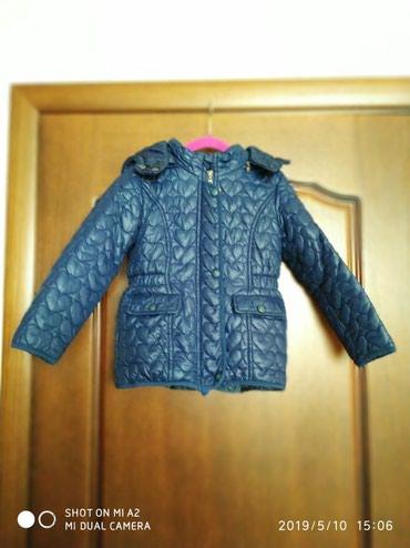 Девочковая детская куртка деми на 4-5 лет. в Бишкек