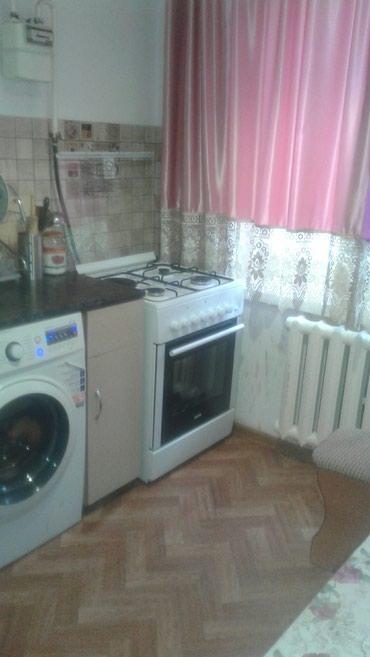 сдается 1 ком в Кыргызстан: Сдаётся квартиры 1 и 2 ком  Час День Ночь Сутки  8 микр и  1000 мел