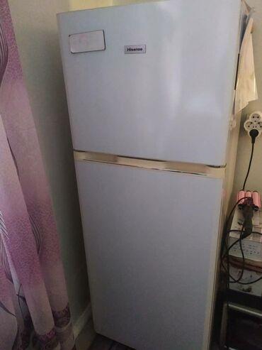 Б/у Белый холодильник