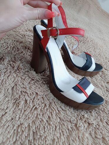 Распродаю летнюю очень качественную и дорогую обувь. Всё по минимальны
