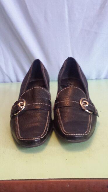 Туфли женские . 40размер. 1500сом