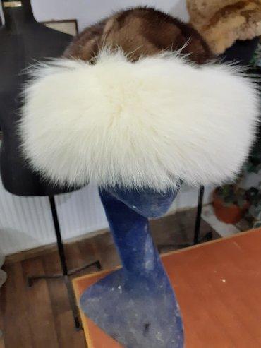 Krzneni kaputi - Sremska Mitrovica: Tatarka od polarne lisice  Prirodno krzno