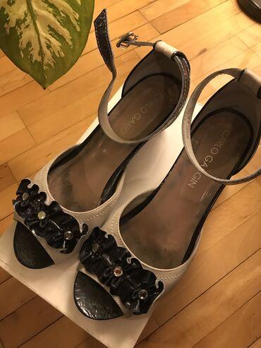 Carlo Gaugin sandale kožne teget sive, visina pete 5cm veličina 41