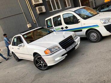 Mercedes-Benz C 230 2.3 l. 2000 | 214512 km