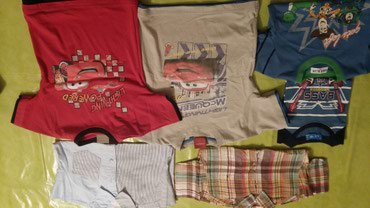 Majice×4 i dve košulje za dečake velicine 4god.Dve majice Cars i - Petrovac na Mlavi