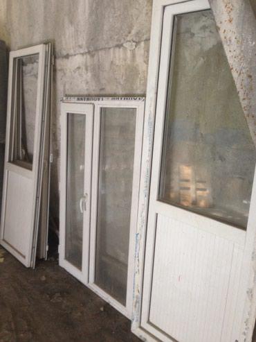 Bakı şəhərində Plastik qapı ve pencere Hündür qapı (2,37/77,5) 1-eded (180m)