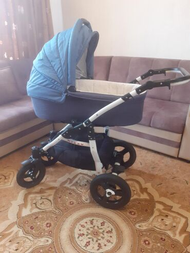 коляска-амели в Кыргызстан: Продаю коляску в отличном состоянии за 17 тыс.сом (торг уместен)покупа