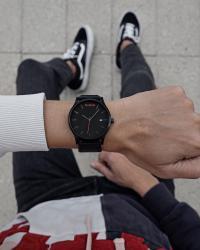 часы-и-нож в Кыргызстан: Наручные часы MVMTПродаю оставшиеся после закрытия магазина, брендовые
