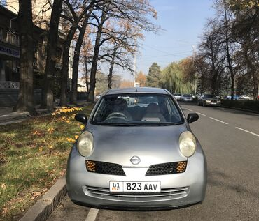Nissan March 1.4 л. 2003 | 250000 км