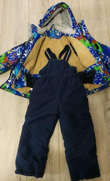 Продаю б/у  зимний костюм (лыжный) Состояние: хорошие Возраст: 3-4 год