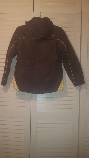 Zenski stofani vuneni mantic tsmno braon - Srbija: SNIZENJE. Zimska zenska jakna,potpuno nova,kupljena u