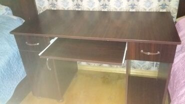 стол деревянный кухонный в Азербайджан: Komputer stoludu razilasma olar