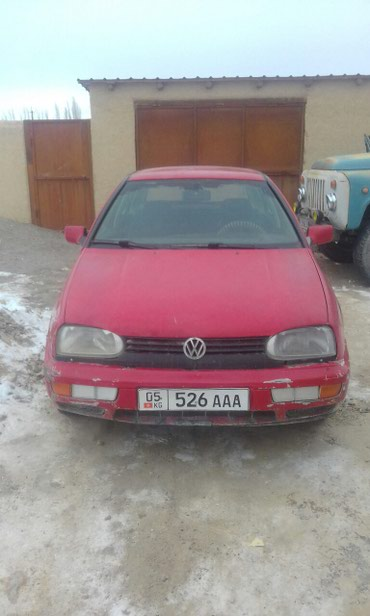 Volkswagen Golf 1992 в Казарман