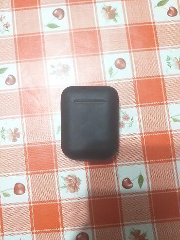 Bluetooth slusalice nove crne I 12 verzija,ocuvana bez ostecenja,puni