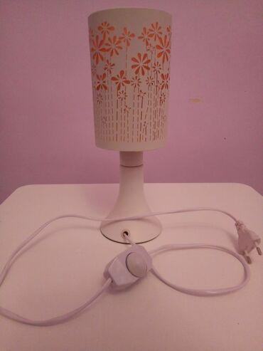 Настольная лампа,В отличном состоянии.Работает!