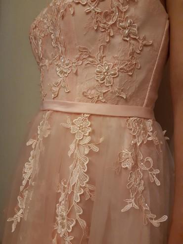 Женская одежда в Бактуу-Долоноту: Продаю турецкое платья за 5000 сом. Своя цена 7000 сом.  Одевала один