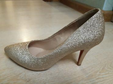 Продается туфли (лодочки) золотистого цвета размер 38 в Бишкек