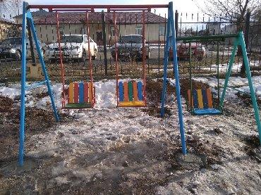 деревянные игрушки буратино в Кыргызстан: Трёх местные качели! Отличное решение для детских площадок