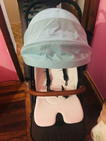ремонт-колясок-в-бишкеке в Кыргызстан: Коляска benebaby, в хорошем качествевес:6кгВ комплекте зимний чехол