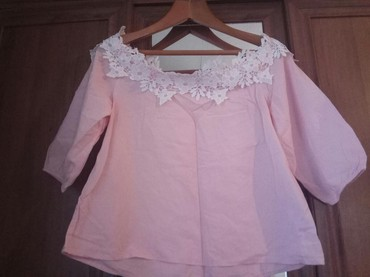Красивая и нежная блузка