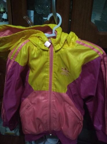 детская куртка для девочки 5 6 лет в Кыргызстан: Спортивная кофта для девочки размер на 5 -6 лет
