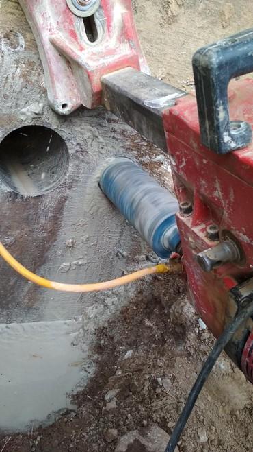бетон плита цена бишкек в Кыргызстан: Тешик тешем бетон, кирпич, вытяжка, канализация,сууга баардык турун