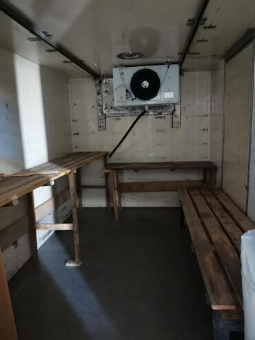 shlang-xhose-15-m в Кыргызстан: Продаю заводскую немецкую будку холодильник,13 кубов, от - 5 до +15