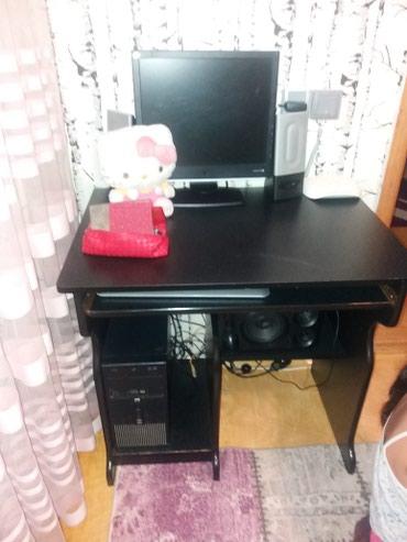 Bakı şəhərində Компьютерный стол в хорошем состоянии 60манат