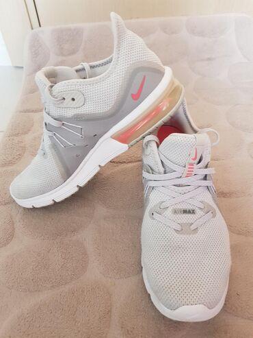 Ženska patike i atletske cipele | Mladenovac: Original Nike Air Max sequent 3,  zenske patike kupljene u Sport