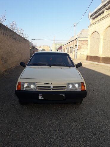 VAZ (LADA) 2108 1.5 l. 1989 | 180000 km