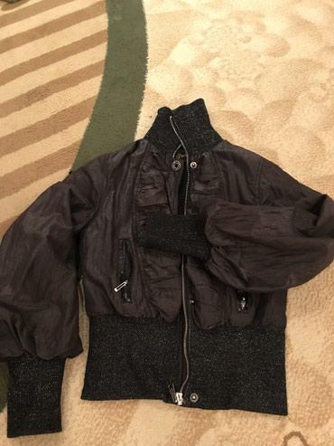 Куртка черного цвета, укороченая в Бишкек