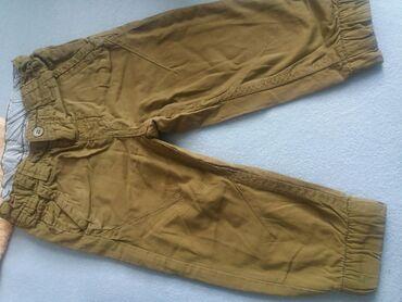 Zute pantalone.sa gumom su 86 vel.a ove druge uske su 3.bez ostecenja