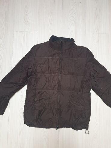 Zenska jakna (dve za 500)