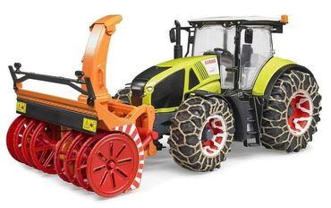 Lanci za sneg - Srbija: Traktor Claas axionsa lancima ičistačem snegaPripremljen traktor za