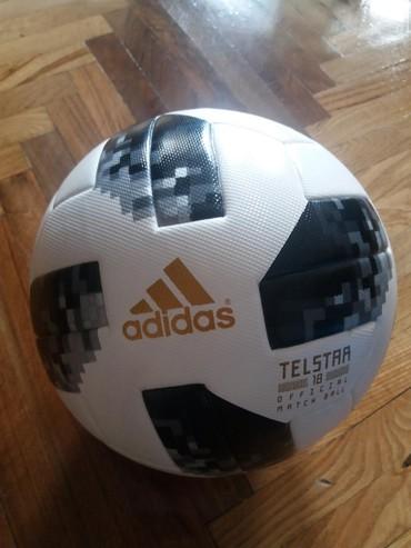 Toplar Bakıda: Original Adidas Telstar