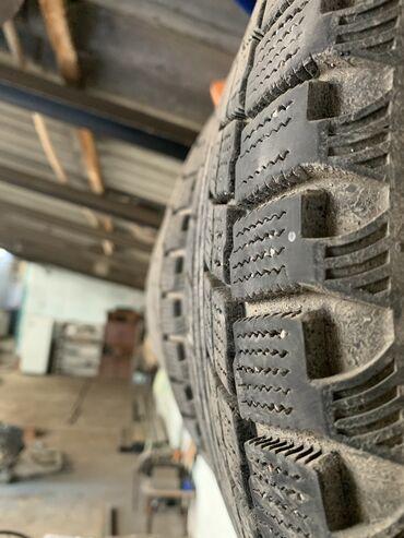 шины для грузовых автомобилей в Кыргызстан: Продаю комплект зимних шин Липучка maxis 215/55/R17 Ездил два сезона