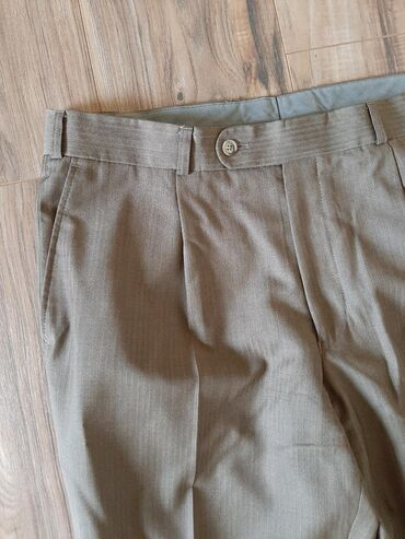 Muske pantalone Vuna tanji materijal. Struk poluobim 43 Svetle braon