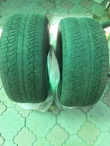 диски на бмв x5 в Кыргызстан: Продаю шины резину на BMW x5 состояние на фото 255/50 R19