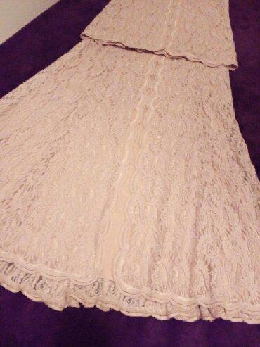 Suknja duzina duga - Srbija: Komplet dugacak od punije cipke, boje prljavo roze, velicina XL. Model