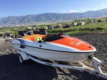 Водный транспорт - Кыргызстан: Yamaha Exciter длина 6м, ширина 2, 4м, под подвесной мотор, 5 мест, от