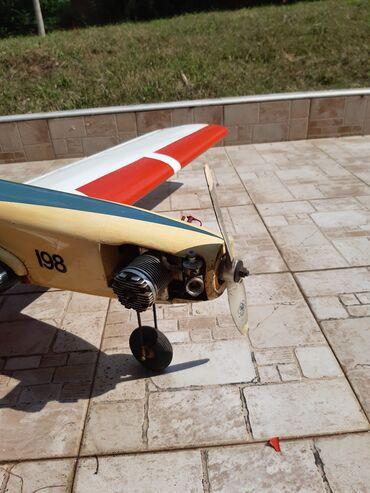 Rc avion - Srbija: Avion sa motorom i elisom od 10 kubika
