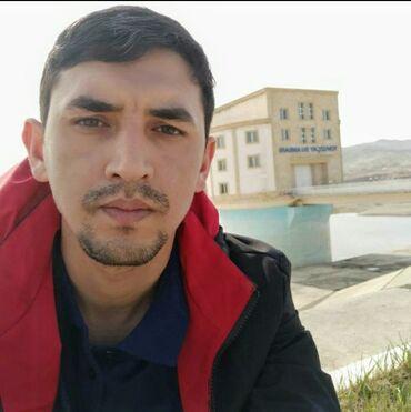 - Azərbaycan: Bağ evinde bagban işi axdariram aileliyem