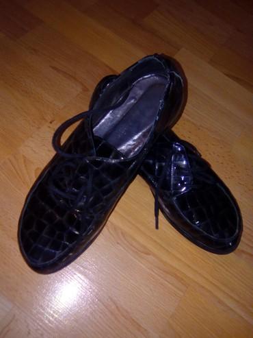 AKCIJA!!!Kozna lakovana cipela br.38