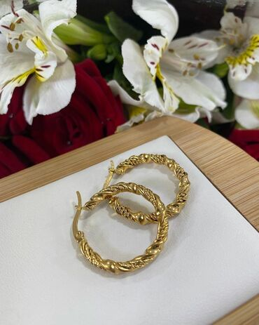 Серьги кольцо  Титан  Цена 250 сом