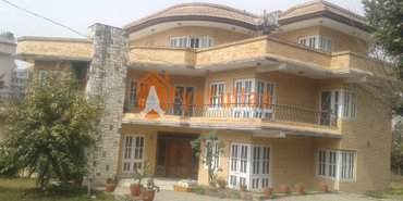 a beautiful and strong bungalow house having land area 2-4-0-0, house in Kathmandu