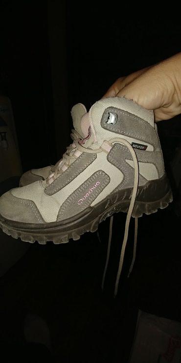 Продам демисезонные ботинки на теплую в Бишкек