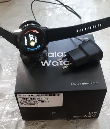 Galaxy watch 42 mm tezedi 2 hefte qabag 599 manata negd alinib