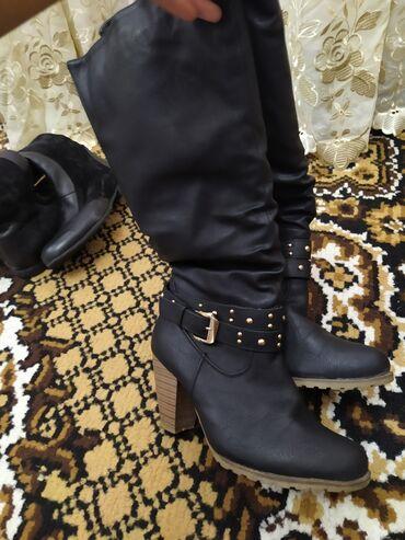 Продаю зимние и осенние обуви(сапоги) хорошего качества. Бу, но в
